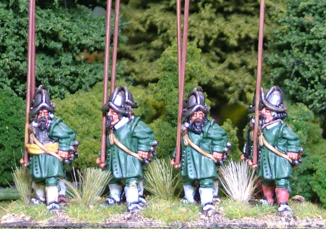 Thirty years war Unarmoured pikemen in morion